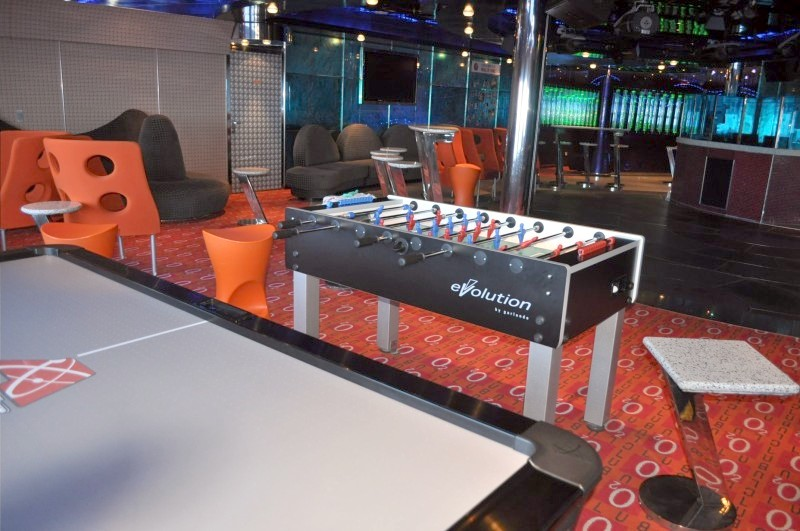 Photo of Club O2 for teens on Carnival Splendor goes here.*